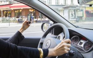 avocat-permis-de-conduire-dehan-schinazi-telephone-volant
