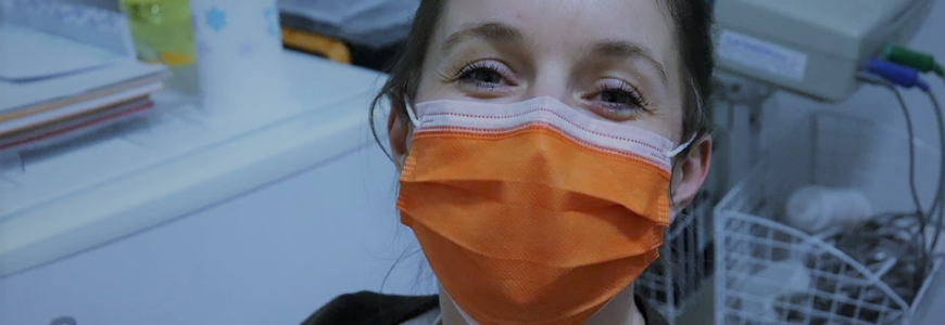 help-avocat-dehan-schinazi-masque-chirurgical-voiture